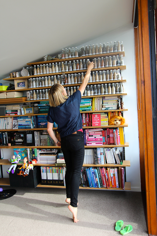 Fitzroy_Dickinson Bookshelf Close Up-7509