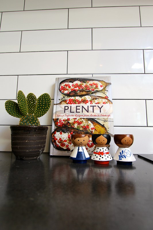 Fitzroy_Dickinson Kitchen Cook Book-7617