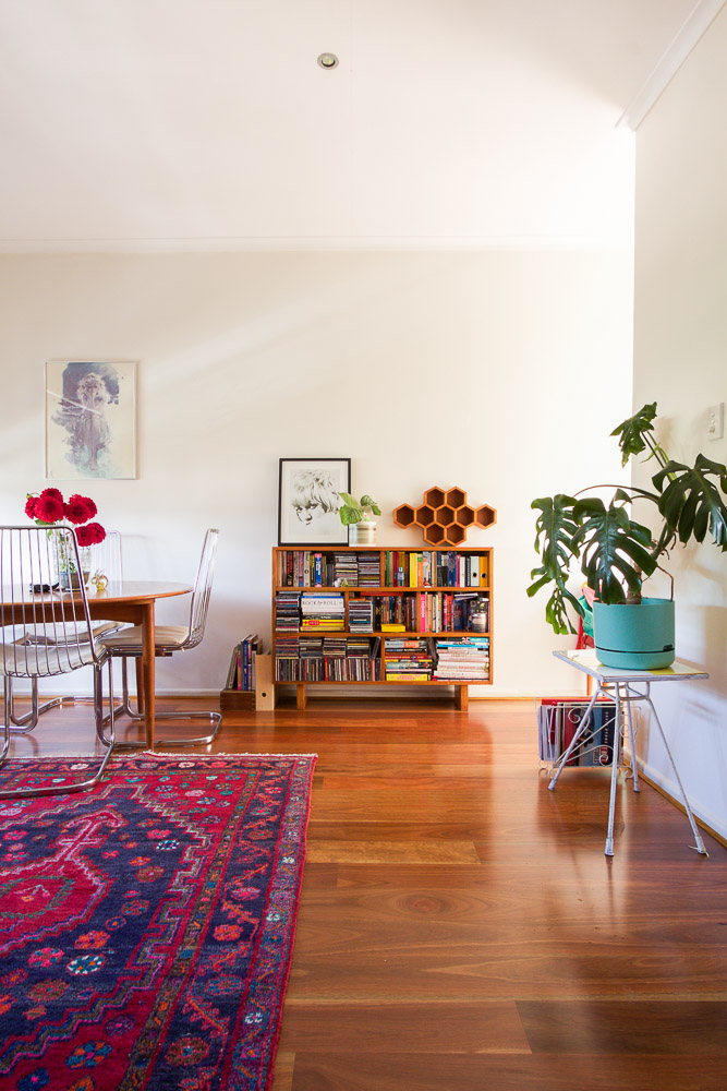 Emma's Apt - Living Space with Table*-1751