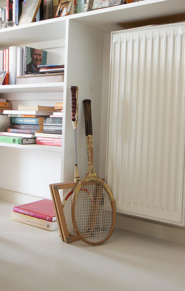 Regina's House - Rackets-2